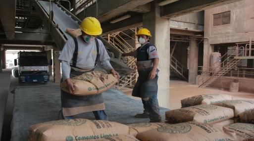 Con el aumento del consumo de cemento registrado en marzo se acumulan ocho meses de crecimiento consecutivo. (Foto: USI)