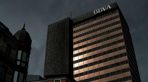 Bbva cierra venta de 1 000 inmuebles a un fondo for Inmobiliaria de bbva