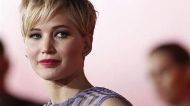 "Forbes: Robo de fotos de Jennifer Lawrence configura un ""delito sexual"""