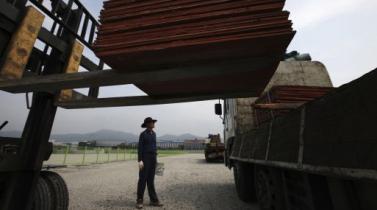 Zinc y níquel caen con fuerza en tanto cobre repunta por dudas sobre economía china