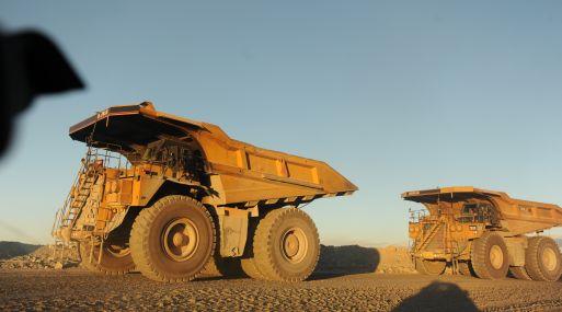 Las compañías mineras se han visto obligadas a recortar sus planes de inversión y buscar fuentes de ahorro.