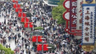 Li dijo que China sigue gestionando constantemente su economía.