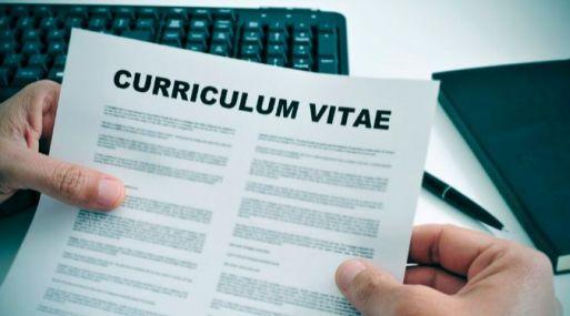 El CV solo no abre cualquier puerta laboral.