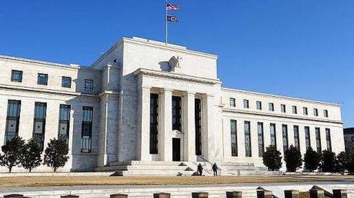 Mantiene la Fed sin cambios las tasas de interés