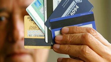 Indecopi sanciona a bancos por emitir tarjetas de crédito que no fueron solicitadas