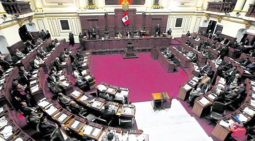 Comisión de Constitución verá mañana dictamen sobre pedido de facultades