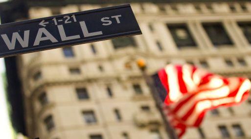 Yelllen admite que las tasas pueden subir en el corto plazo