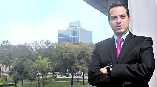 Carlos San Román nació en Arequipa pero afirma que Cusco es una ciudad en la que puede establecer una conexión especial.