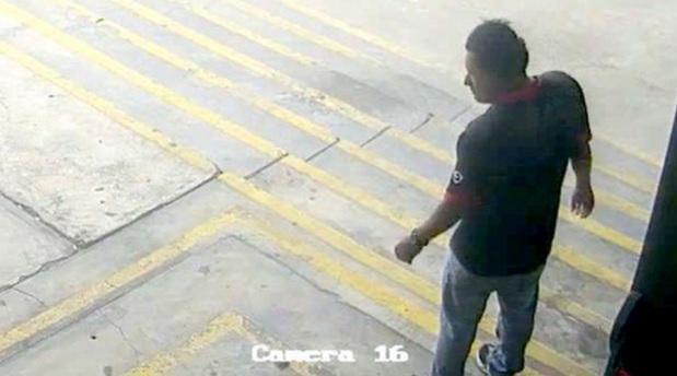 El video mostrado por Mininter muestra la presencia de Salazar en el centro comercial antes de que ocurra el incendio. (Foto: Mininter)
