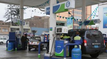 Precios de referencia de las gasolinas y gasoholes bajan hasta 2.26% esta semana
