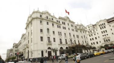SAT: Remate del Hotel Bolívar solo se suspendió temporalmente
