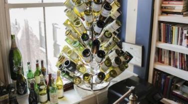 ¿Quién pagaría US$ 300 por una botella de vino vacía? La respuesta parece obvia