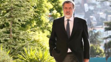 Ex comentarista de TV incomoda a inversores en activos chilenos
