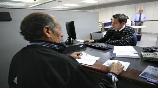 <b>Cambios.</b> Créditos de consumo en soles ahora están a 40.77% y a fines del 2012 el interés era 40.40%. (Manuel Melgar)