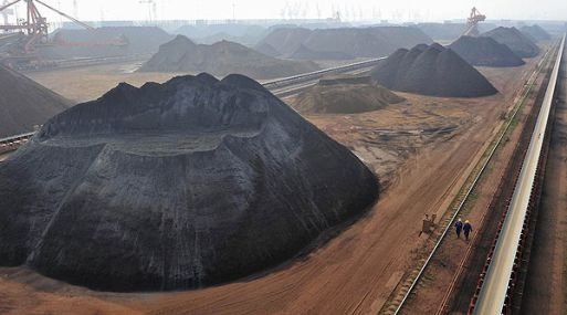 <strong>Caída.</strong> El hierro llegó a un mínimo de US$ 132.90 a mediados de marzo. (Reuters)