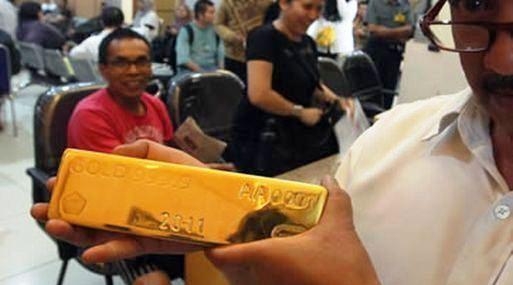 <b>Demanda.</b> El consumo de oro de China aumentó de 10% a 15% en primer trimestre del año (Foto: Reuters).
