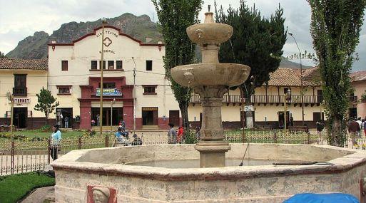 Foto: Plaza de Armas de Huancavelica