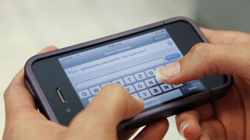 Adaptar la versión web de un negocio a dispositivos móviles es útil para crear relaciones entre los clientes.