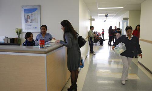 Infraestructura de salud no crece al nivel de la población