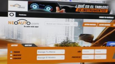 ¿Quiénes consultan por Internet la oferta de vehículos?