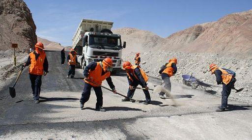 Los gastos en infraestructura podrían ayudar a Perú a capear el fin de inversiones relacionadas al desarrollo de minas de cobre.