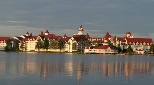 Disney cerró sus playas para extremar la precaución, informó CNN