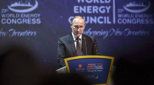 Rusia está preparada para unirse a las medidas conjuntas para limitar la producción, dijo Putin. (AFP)