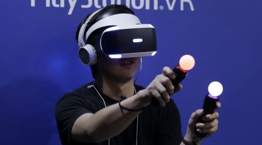 Sony Corp. lanza hoy su PlayStation VR. (Foto: Bloomberg)