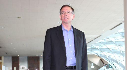 David Charrón,  ex director de la Escuela de Negocios de la Universidad de Berkeley y creador del Laboratorio de Emprendimiento.