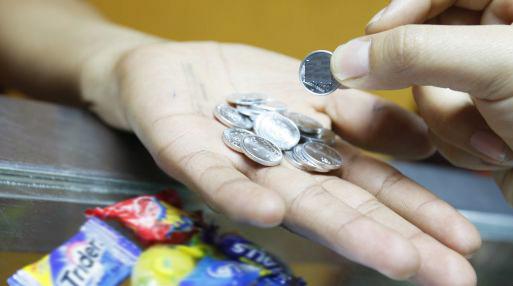 Si debe pagar por algo S/ 0.99 se le aplicará una reducción, siempre que el pago sea en efectivo. (Foto: USI)