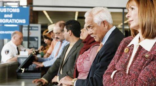 Los nuevos equipos permitirían a los pasajeros dejar en sus maletas computadoras portátiles.