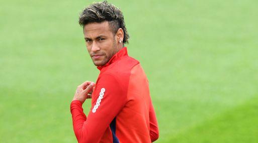 Neymar durante un entrenamiento del PSG. (Foto: AFP)
