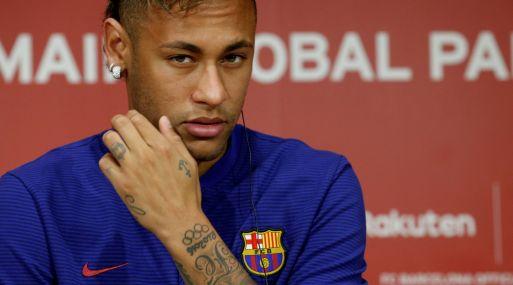 La demanda de Neymar es un nuevo capítulo de una pelea cada vez más agria entre el jugador y el club Barcelona. (Foto: Reuters)
