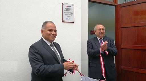 Viceministro de Promoción del Empleo y Capacitación Laboral, Jaime Obreros y el primer vicepresidente de la CCL, Héctor García Béjar. (Foto: Pilar Olivo)