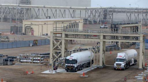 Este terminal facilitará de gas natural a más 30 mil hogares en su primer año, y a 200 mil hogares en el octavo año.(Foto: Andina)