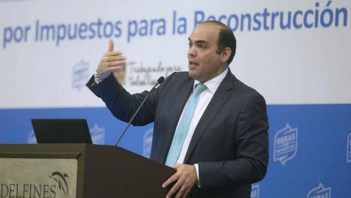 """""""En el 2018, a diferencia de los cuatro años anteriores, la inversión privada tendrá indicadores positivos en la mayoría de sectores"""", dijo Fernando Zavala (Foto: Andina)."""