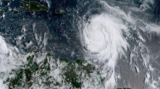 María podría golpear directamente Puerto Rico, que se libró en gran medida del paso de Irma. (Foto: AFP)