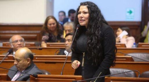 """""""Así como va Fuerza Popular, Keiko es bien difícil que lo agarre"""", dice la congresista Yesenia Ponce."""
