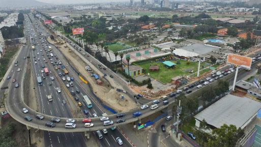 La Municipalidad detalló que la ejecución de la nueva obra contempla un bypass entre las avenidas Manuel Holguín y El Derby, 3 carriles a cada lado, los viaductos sobre la Panamericana Sur (Foto: Andina).