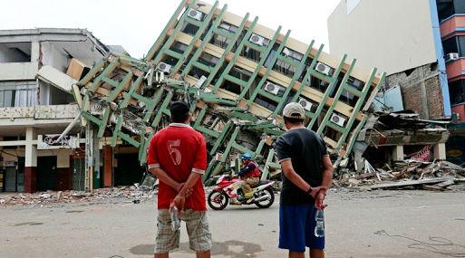 Vista de un edificio derribado tras el reciente terremoto ocurrido en México (foto: AFP).