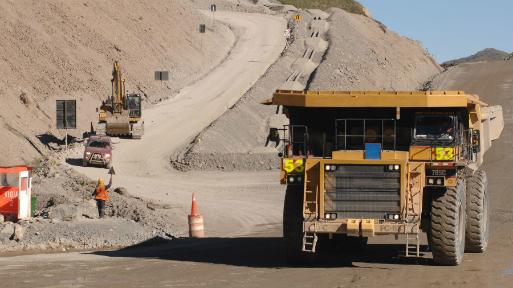 Volcan apunta a socio internacional para desarrollar yacimientos de cobre en Perú