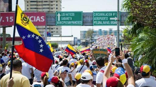 Venezuela pide abrir cuentas en Europa ante bloqueo a refinerías