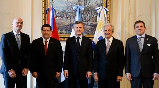 El acuerdo tripartito se formalizó en la Casa Rosada. (Foto: Reuters)