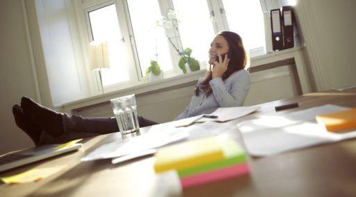 Hay organizaciones que facilitan la actividad desde casa sólo cuando ésta resulta eficiente.