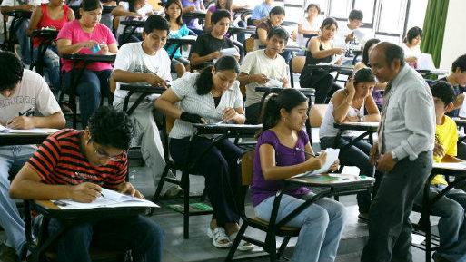 Licenciamiento cu ntos docentes con posgrado del for Docentes exterior