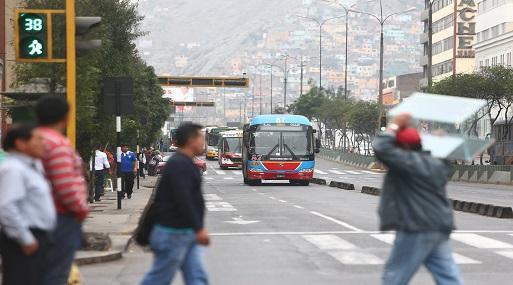 La meta del Ejecutivo, con la implementación de la política nacional de seguridad vial, es reducir en 30% el número de accidentes de tránsito al 2021. (Foto: USI)
