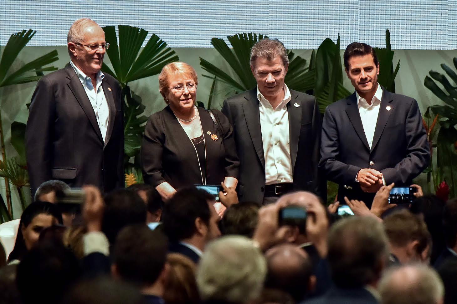 El presidente de Honduras también planteó a Kuczynski su deseo de afinar detalles de TLC que ambos países suscribieron. (Foto: AP)