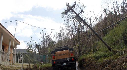 El SNM de Puerto Rico avisó de inundaciones repentinas para 25 pueblos de la isla tras las fuertes lluvias que están afectando hoy al país. (Foto: AP)