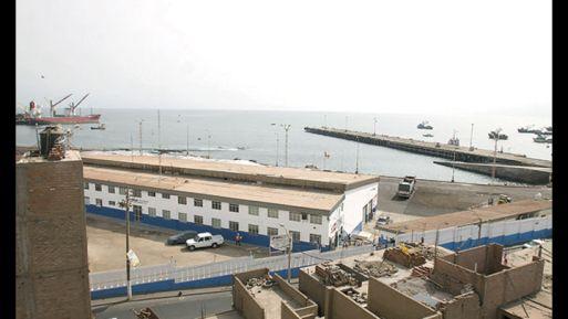 """""""El puerto de Ilo necesita inversiones de no menos de 300 millones de dólares para ser absolutamente operativo como nosotros quisiéramos"""", señaló el empresario."""
