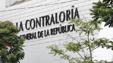 Contraloría pide facultades para vacar a gobernadores regionales y alcaldes